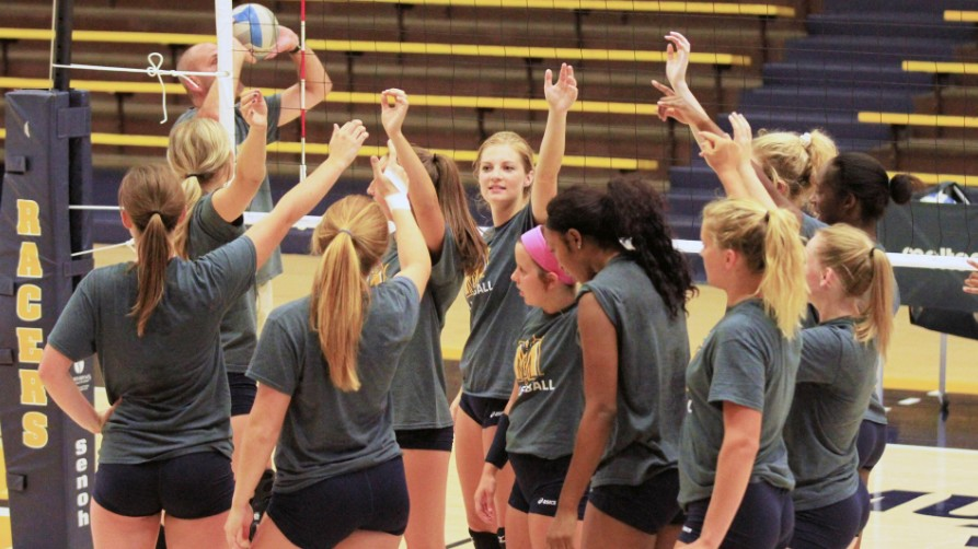 Racer Volleyball Picked Fourth in OVC